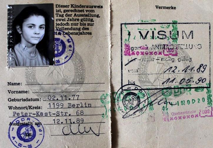 Tältä näytti DDR-passi.