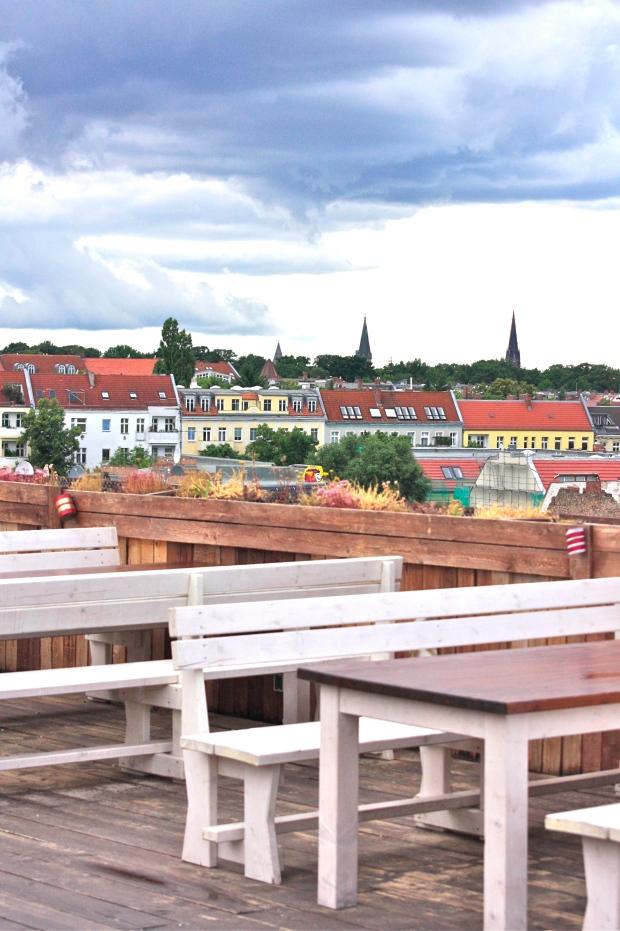 Berlin Deck 5 Urbaani viidakkoseikkailijatar Berliini kattoterassi