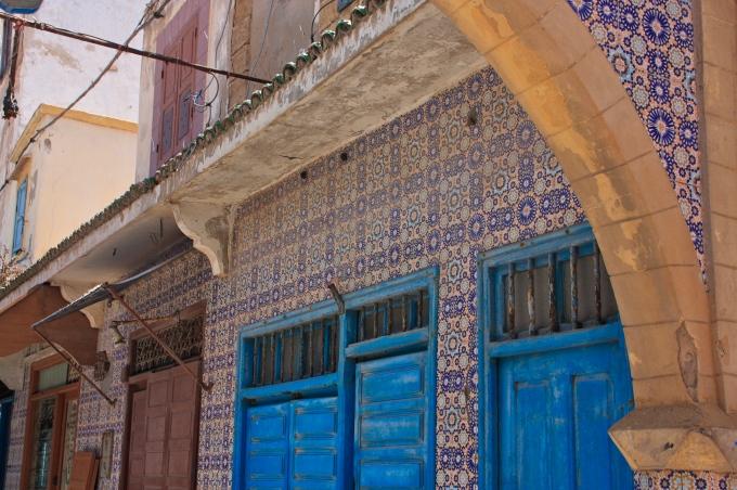 marokko sisustus urbaani viidakkoseikkailijatar